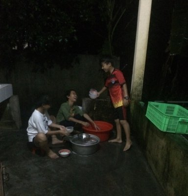 Vaisselle à la maison des affections