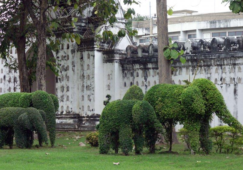 Lopburi temples