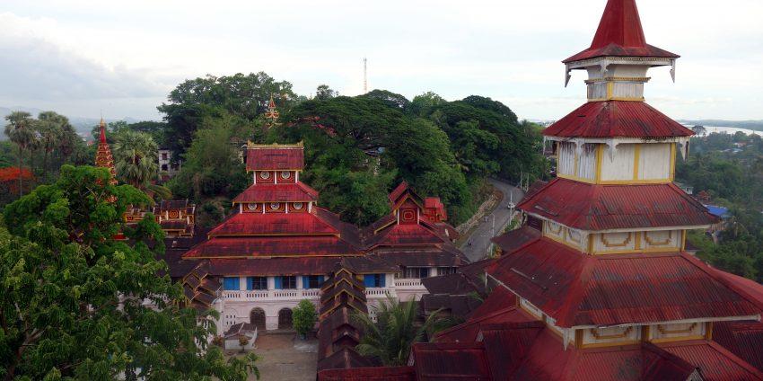 Moulmein et expérience de méditation dans un monastère !