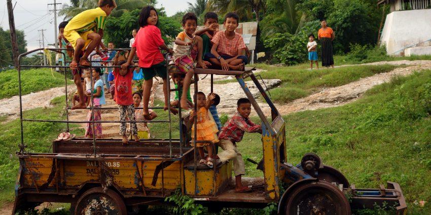 Derniers jours en Asie : Pyin Oo Lwin et dernière virée en moto à Mandalay !