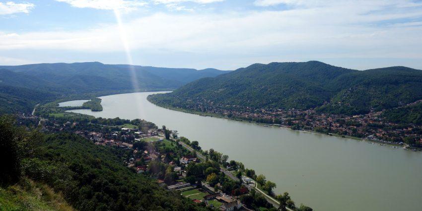 Du nord de la Hongrie, en passant par le Danube pour arriver à Bratislava en Slovaquie !