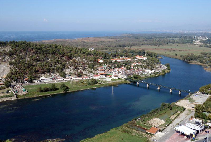 Albanie shkoder lake chateau vue remparts