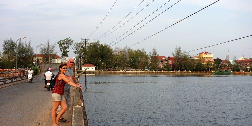 Kampot et son poivre, Kep et son crabe, le Bokor et papa ;)